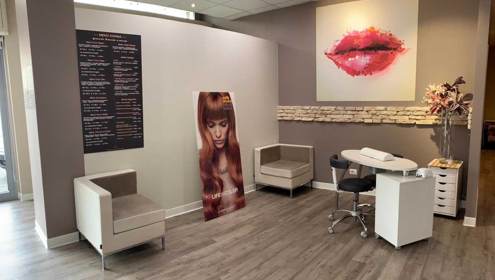 JONI l'Atelier della Bellezza, Salone di bellezza Borgosesia, Verceli | Consulenza & Styling | Parruchieri Donna Borgosesia, Barberia Borgosesia, Epil Laser